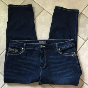 Chico's So Lifting Crop Jeans, Size 3